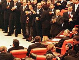 Meclis'teAK Parti'ye dershane tepkisi!