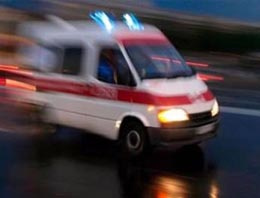 Makam aracı dedeyi öldürdü torun yaralı