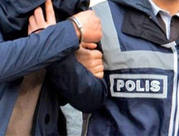 Erdoğan'a el işareti yaptı gözaltına alındı