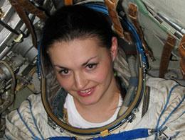 Ruslar uzaya kadın kozmonot yolluyor