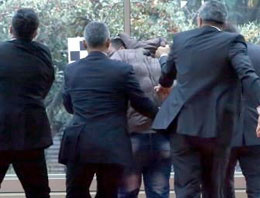CHP liderine yumruklu saldırı SON DAKİKA