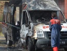 Ambulans cayır cayır yandı!
