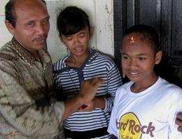 Tsunamide kaybolan çocuklarına kavuştular