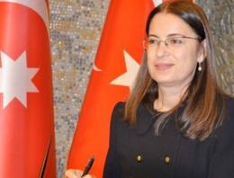 Ayşenur İslam'dan kadın cinayetleri açıklaması!