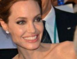 Angelina Jolie'ye evlatlık kızından şok