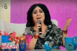 İşte Benim Stilim'de Nur Yerlitaş şarkı söyledi!