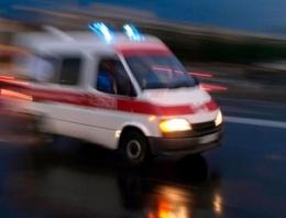 Balıkesir'de korkunç kaza minibüs duvara çarptı!