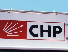 CHP'li adayın afişleri olay oldu ayıp be kardeşim!