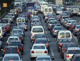 Şahin'den İstanbul trafiğine çözüm önerisi