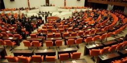 Tuğrul Türkeş Başbakan yardımcısı oldu