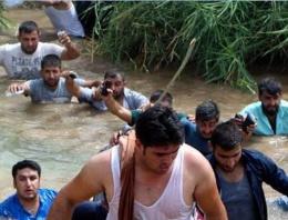 Silopi'de sınırı geçmek isteyenlere ateş açıldı