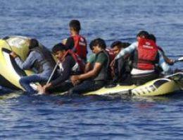Mülteci botu battı: 1 kız çocuğu öldü