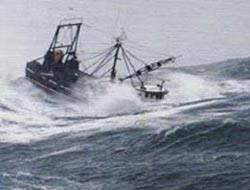 Hindistanda tekne alabora oldu