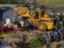 GOPta kaçak yapılar yıkıldı