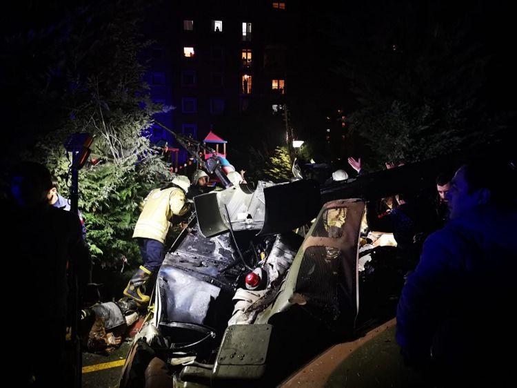 İstanbul'da askeri helikopter düştü: 4 askerimiz şehit oldu - Sayfa 1