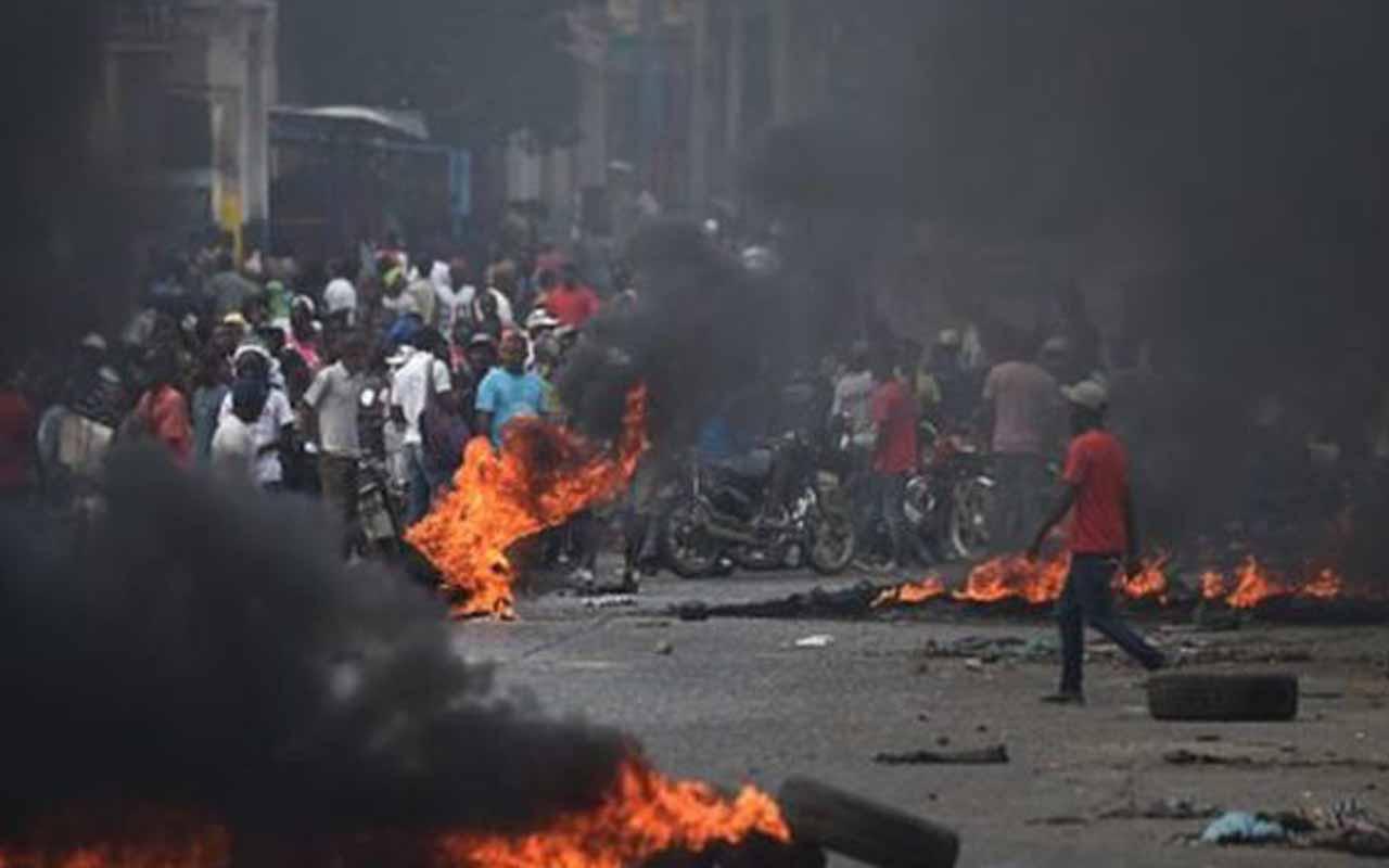 Haiti bir hapishanedeki bütün mahkumlar kaçtı
