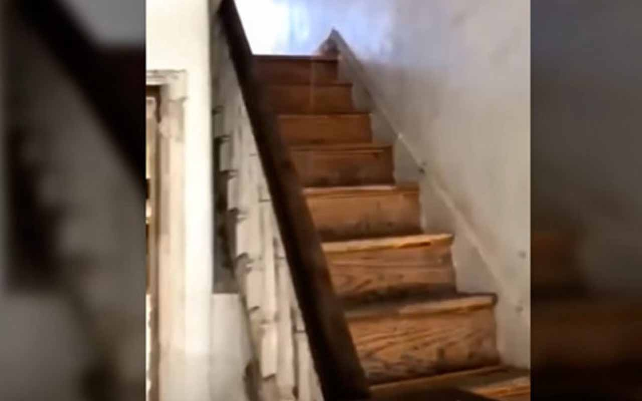 İşçiler fark etti! Merdivene dokunması yeterli oldu