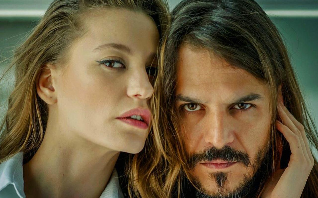 Piri Reis belgeseli için Mehmet Günsür ve Serenay Sarıkaya'ya teklif
