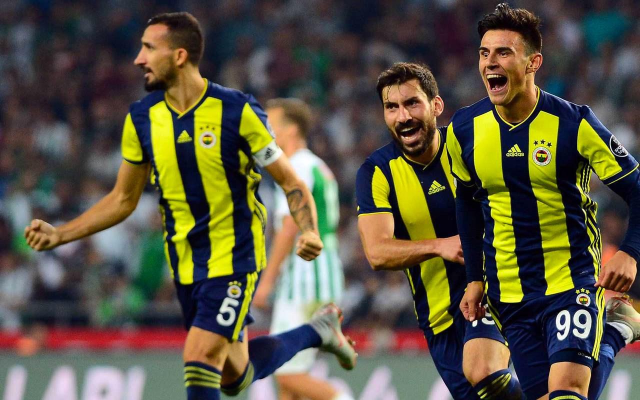 Fenerbahçe'yle Galatasaray aynı gün oynayacak