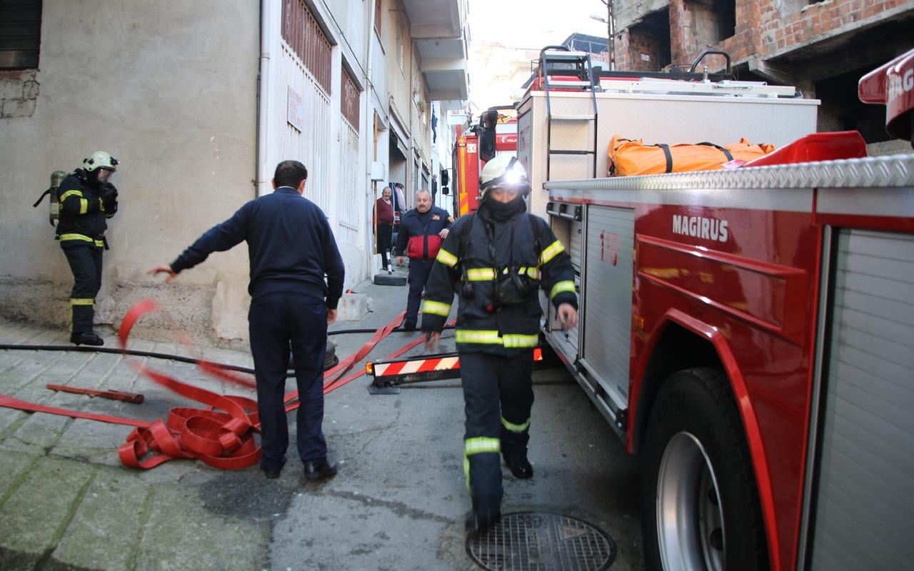 Rize'de elektrik sobası devrildi! Apartman dairesi alev alev yandı