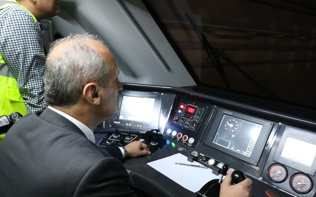 Bakan Turhan Yüksek Hızlı Trenin test sürüşünü yaptı>