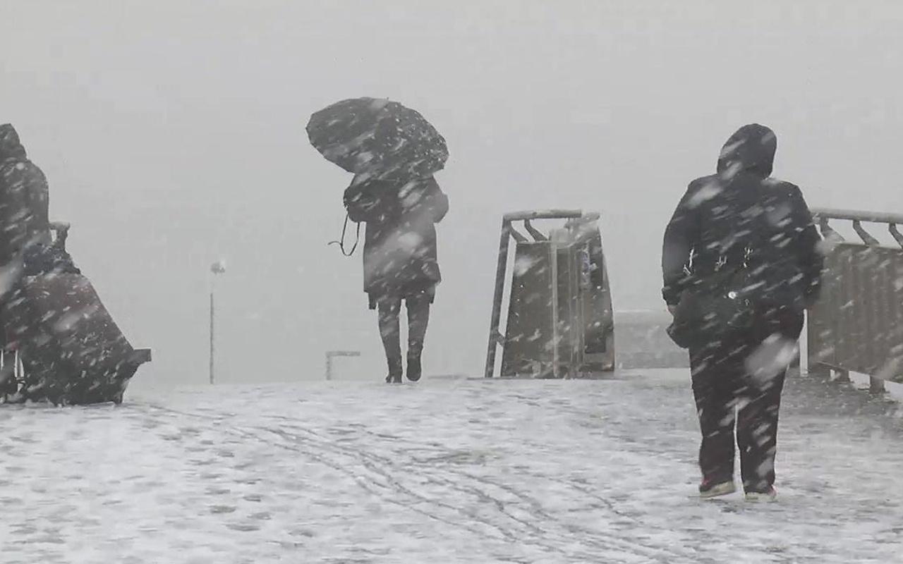 Kocaeli kar sert geliyor saatlik hava durumuna bakın!