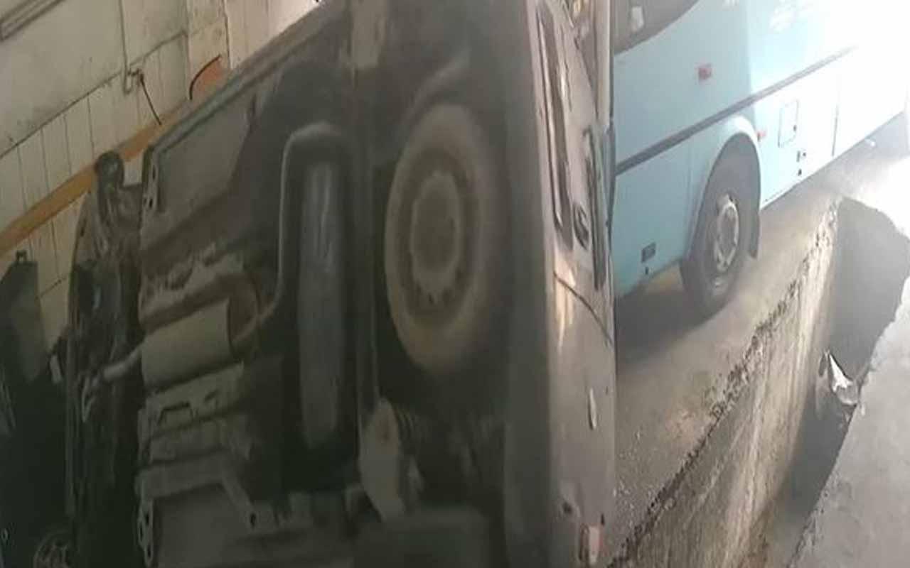 Oto sanayide halk otobüsü dehşeti! Yerle bir etti
