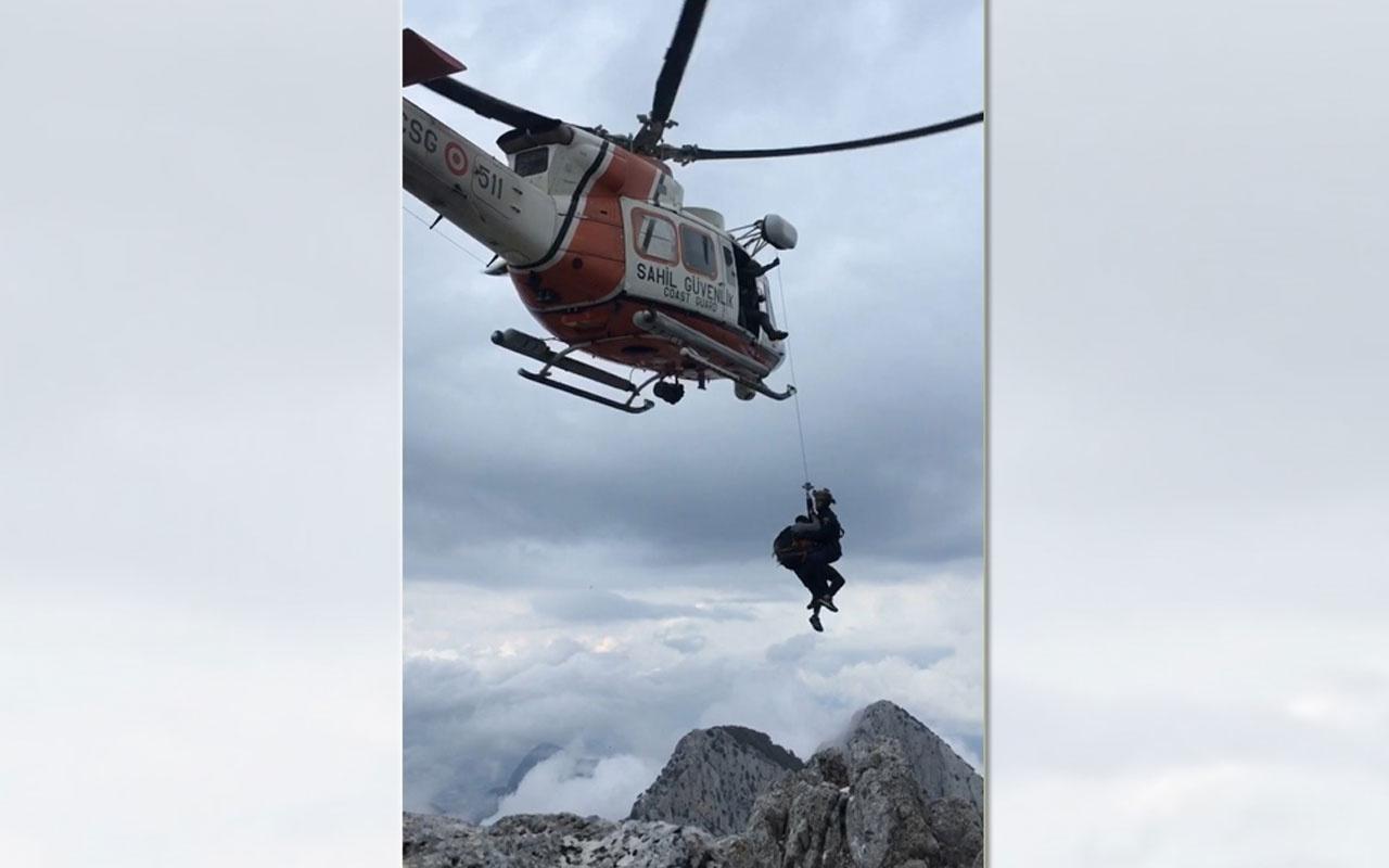 Dağda mahsur kalan 3 kişiyi Sahil Güvenlik kurtardı