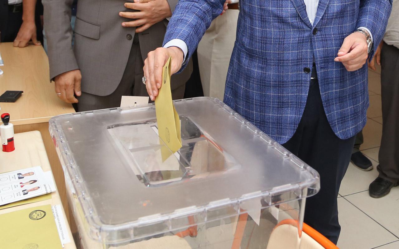Üç şehirde geçersiz oylar yeniden incelenecek
