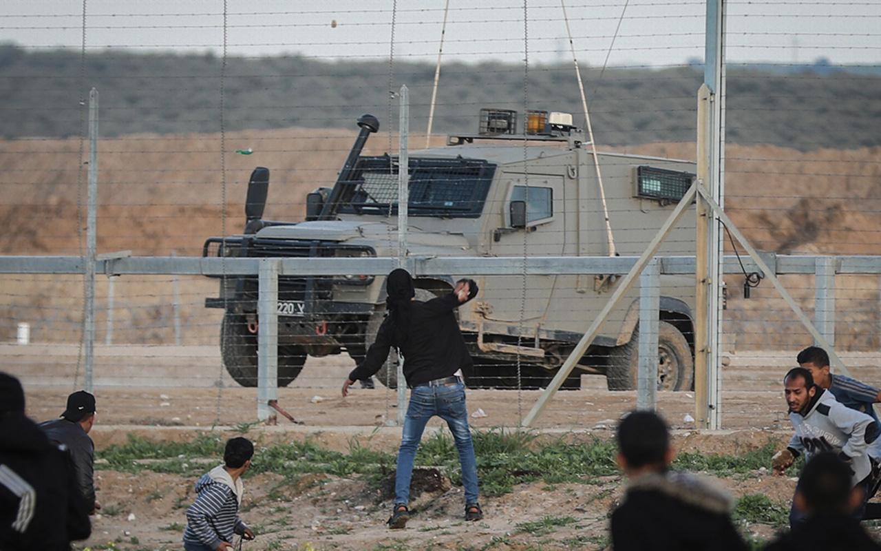 İsrail terörü: Filistinli çocuk şehit edildi!