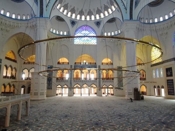 Çamlıca Camii 7 Mart´ta ibadete açılacak - Sayfa 7