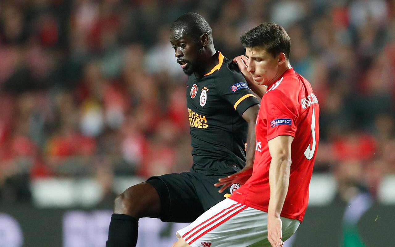 Rumenler, Galatasaray'ı yakan hakemi topa tuttu