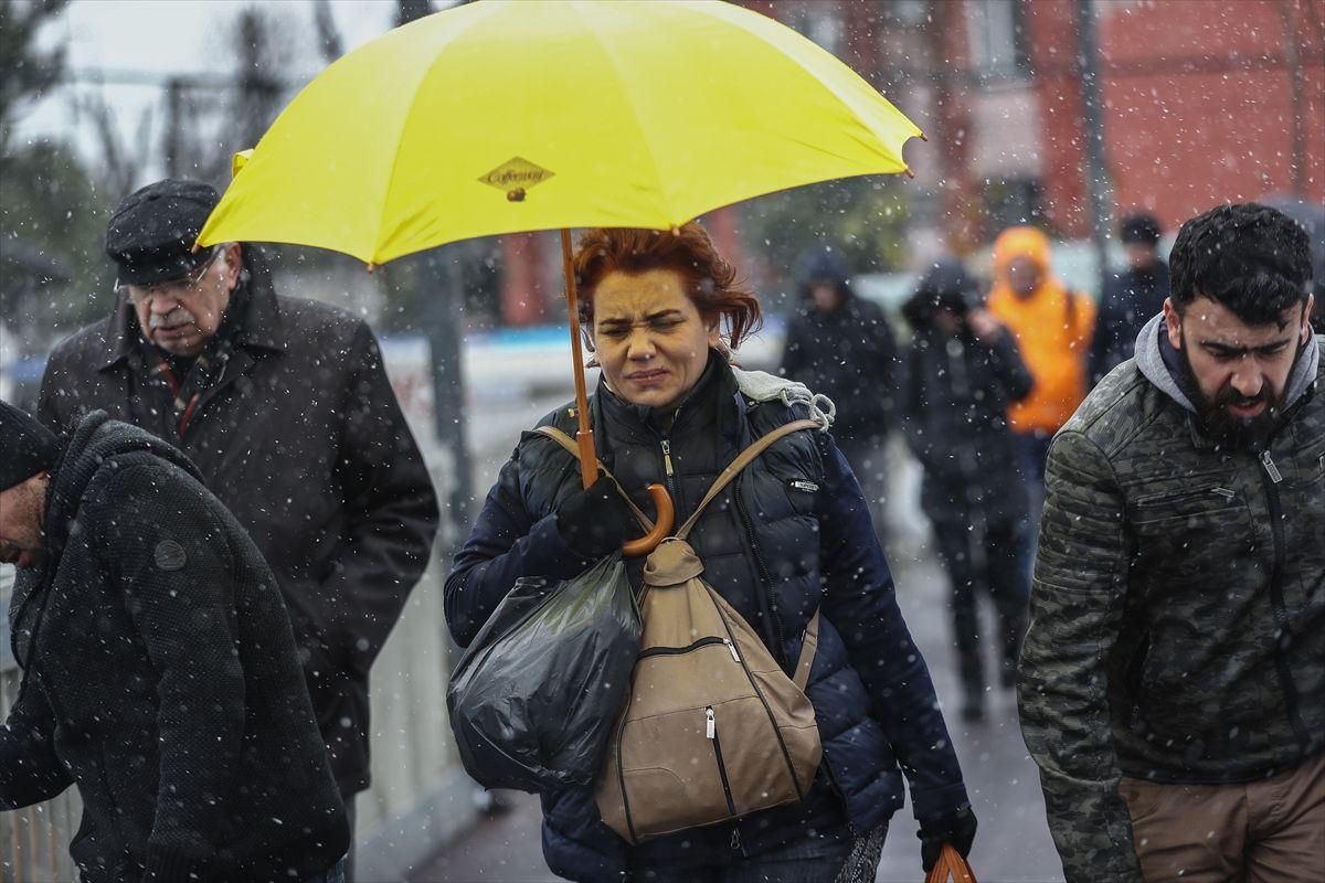 İstanbul'da kar yağışı devam edecek mi İstanbul Valisi Ali Yerlikaya açıkladı - Sayfa 6