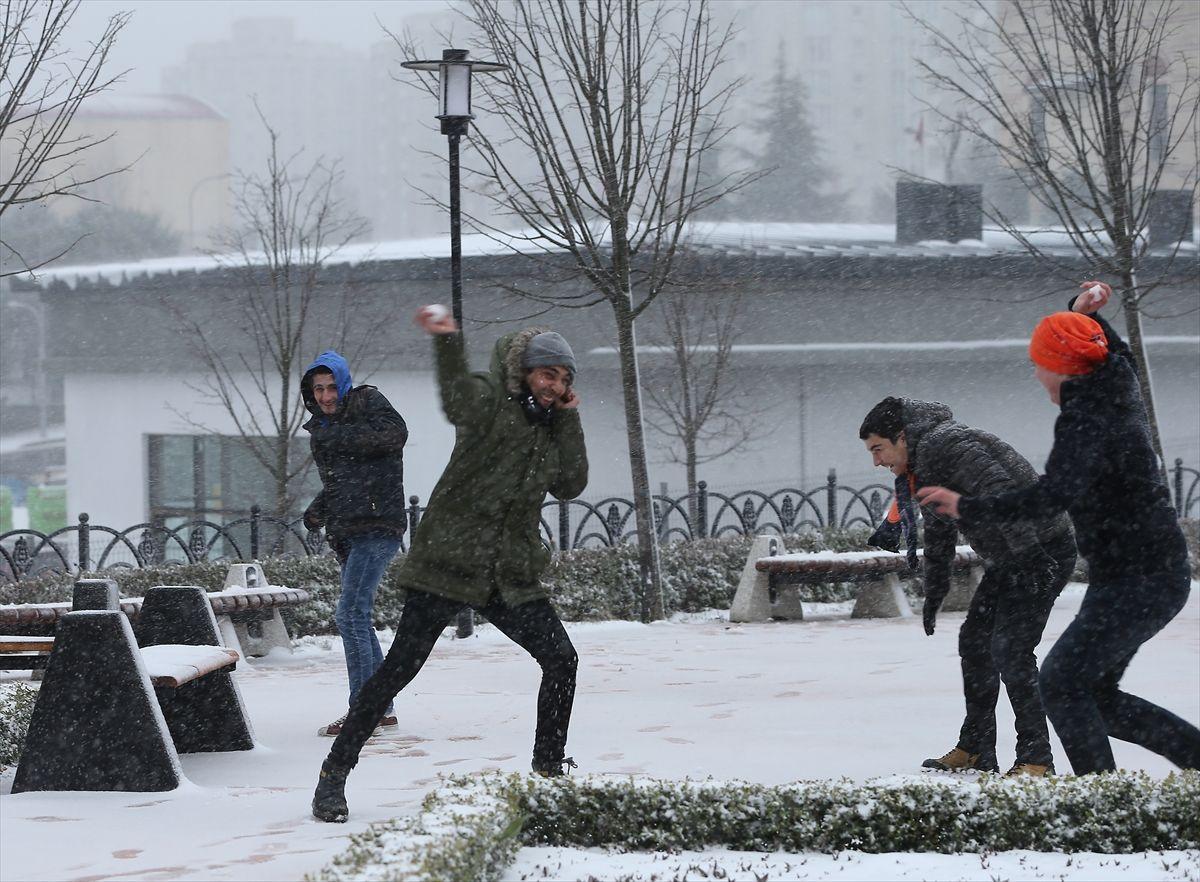 İstanbul'da kar yağışı devam edecek mi İstanbul Valisi Ali Yerlikaya açıkladı - Sayfa 8