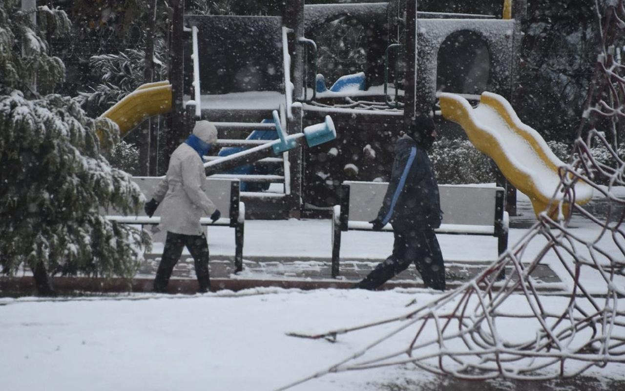 Sakarya okullar tatil mi oldu 25 Şubat valilik resmi açıklama haberi