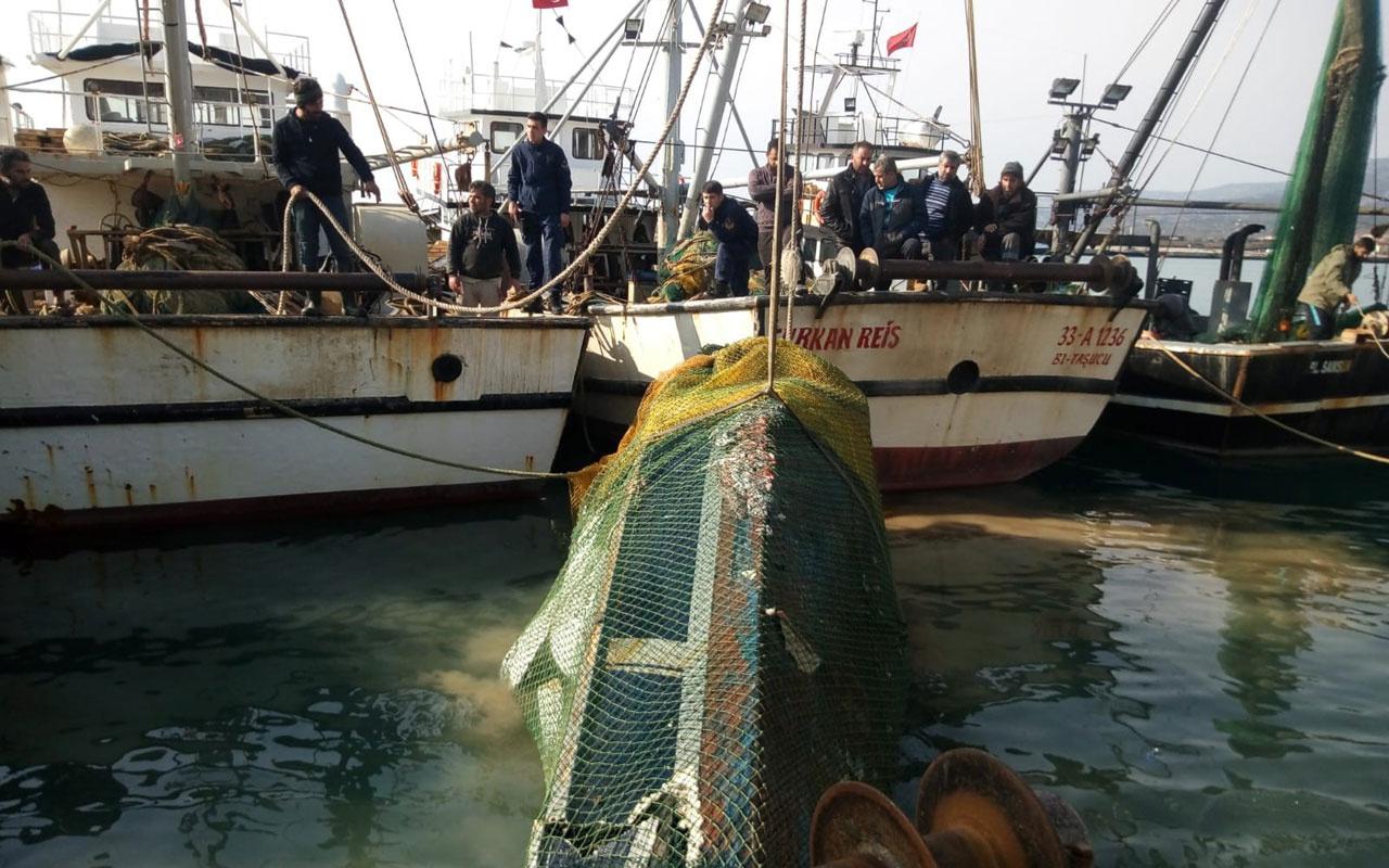 Balıkçıların ağına sürat teknesi takıldı