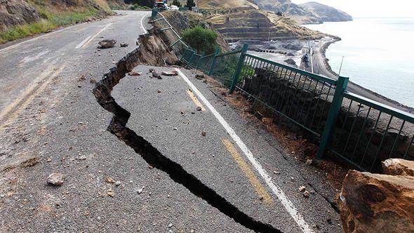 Korkutan deprem açıklaması 9 şiddetindeki deprem için tarih verdi - Sayfa 2