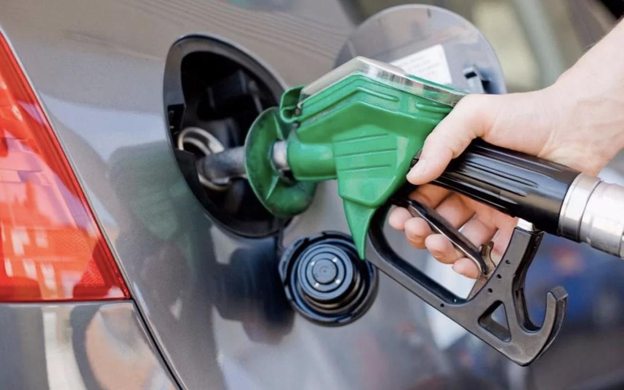Benzin kaç para oldu son zam sonrası yeni benzin fiyatı