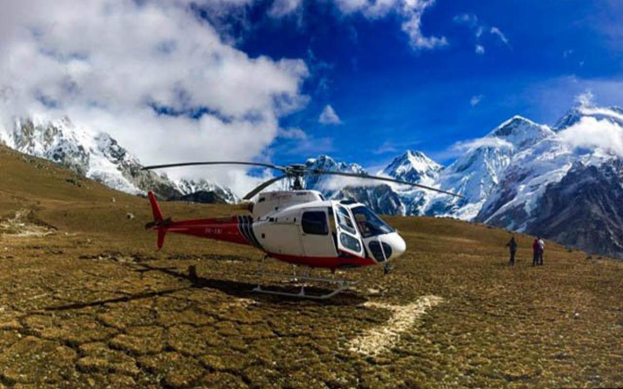 Nepal'deki helikopter kazası ülkeyi yasa boğdu