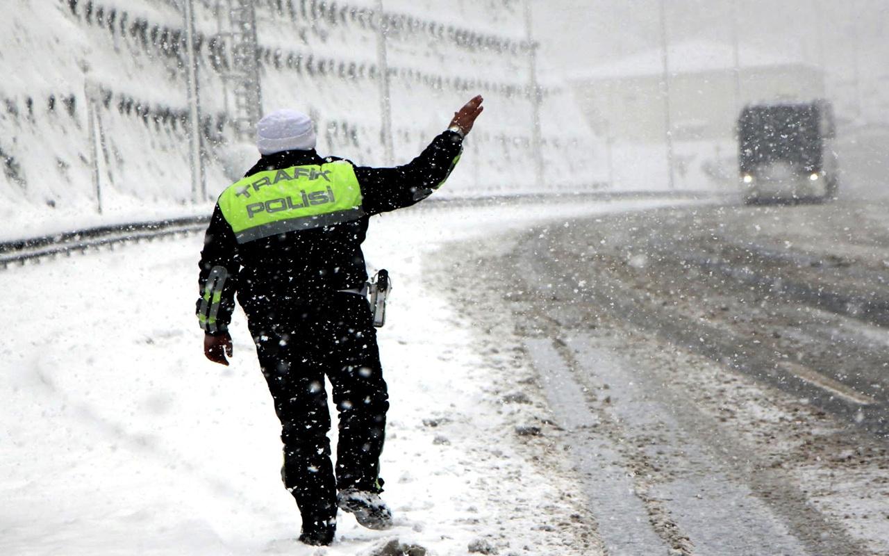 Düzce kar başladı yeni hava durumu raporu meteoroloji paylaştı