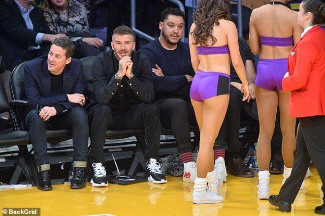 David Beckham, amigo kızlardan gözlerini alamadı - Sayfa 7