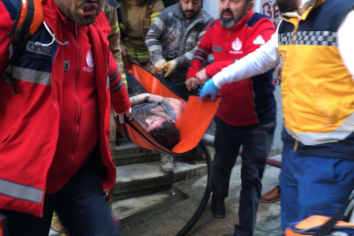 Beyoğlu'nda korkutan yangın! 4 kişi öldü - Sayfa 5