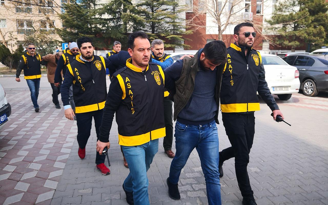 Aksaray'da polise kurşun yağdıran zanlılar barda eğlenirken yakalandı