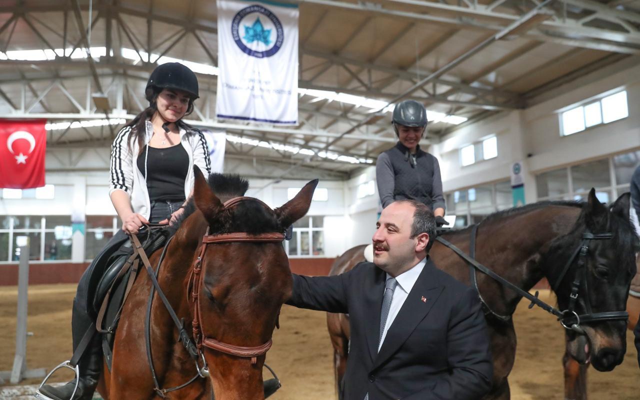Sanayi ve Teknoloji Bakanı Mustafa Varank'tan yerli serum tesisine ziyaret