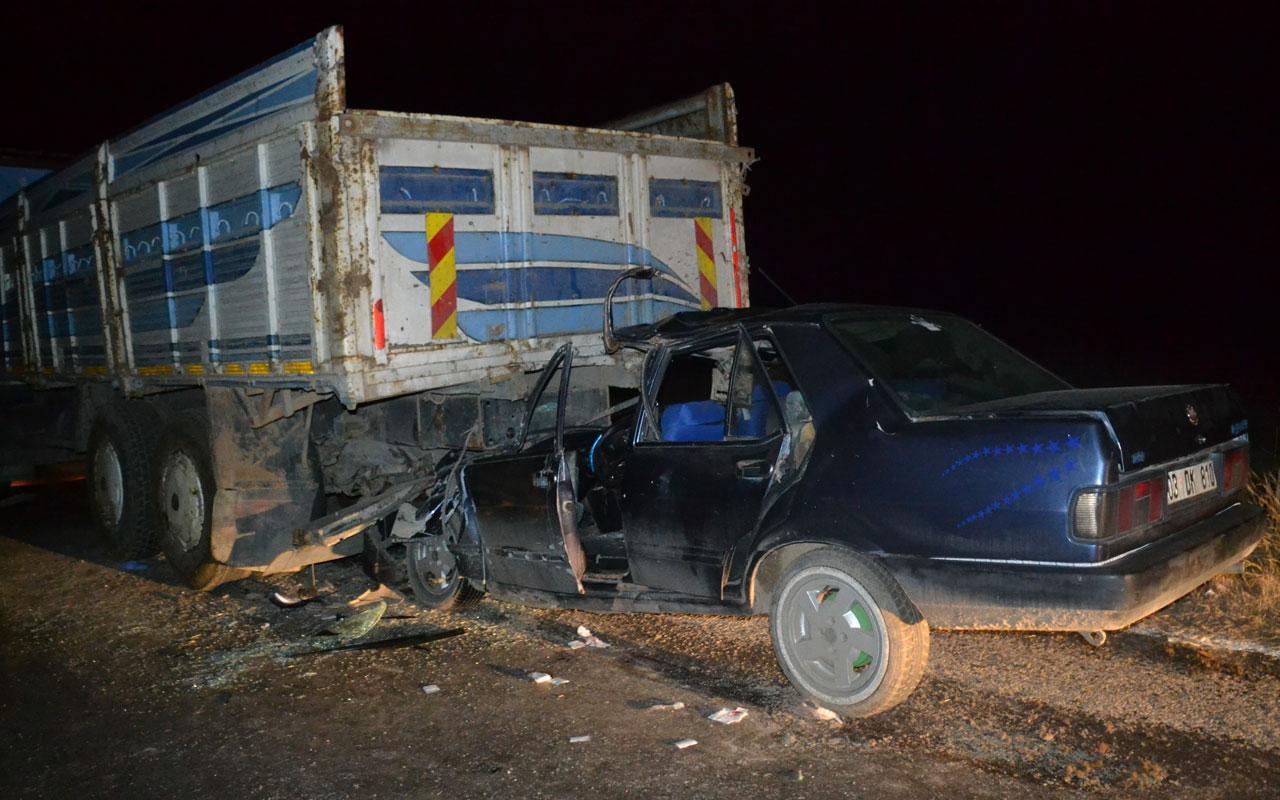 Afyonkarahisar'da feci kaza 1 ölü 1 yaralı
