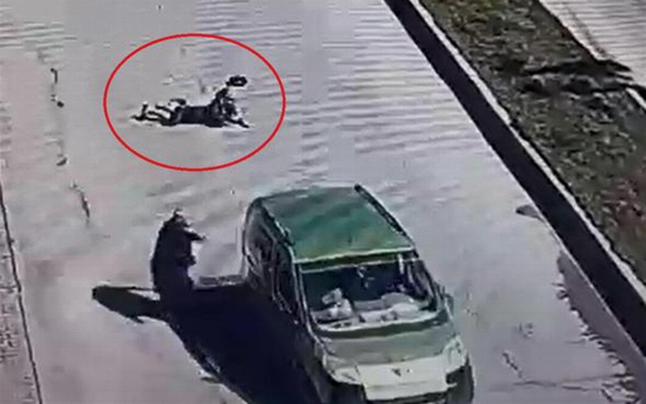 Diyarbakır'da oğlu tüfekle vurulan anne canını hiçe saydı!