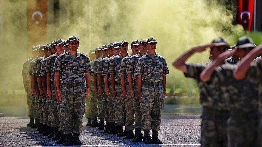 Yeni askerlik 2019 sistemi nasıl Hulusi Akar kim ne kadar askerlik yapacak açıkladı
