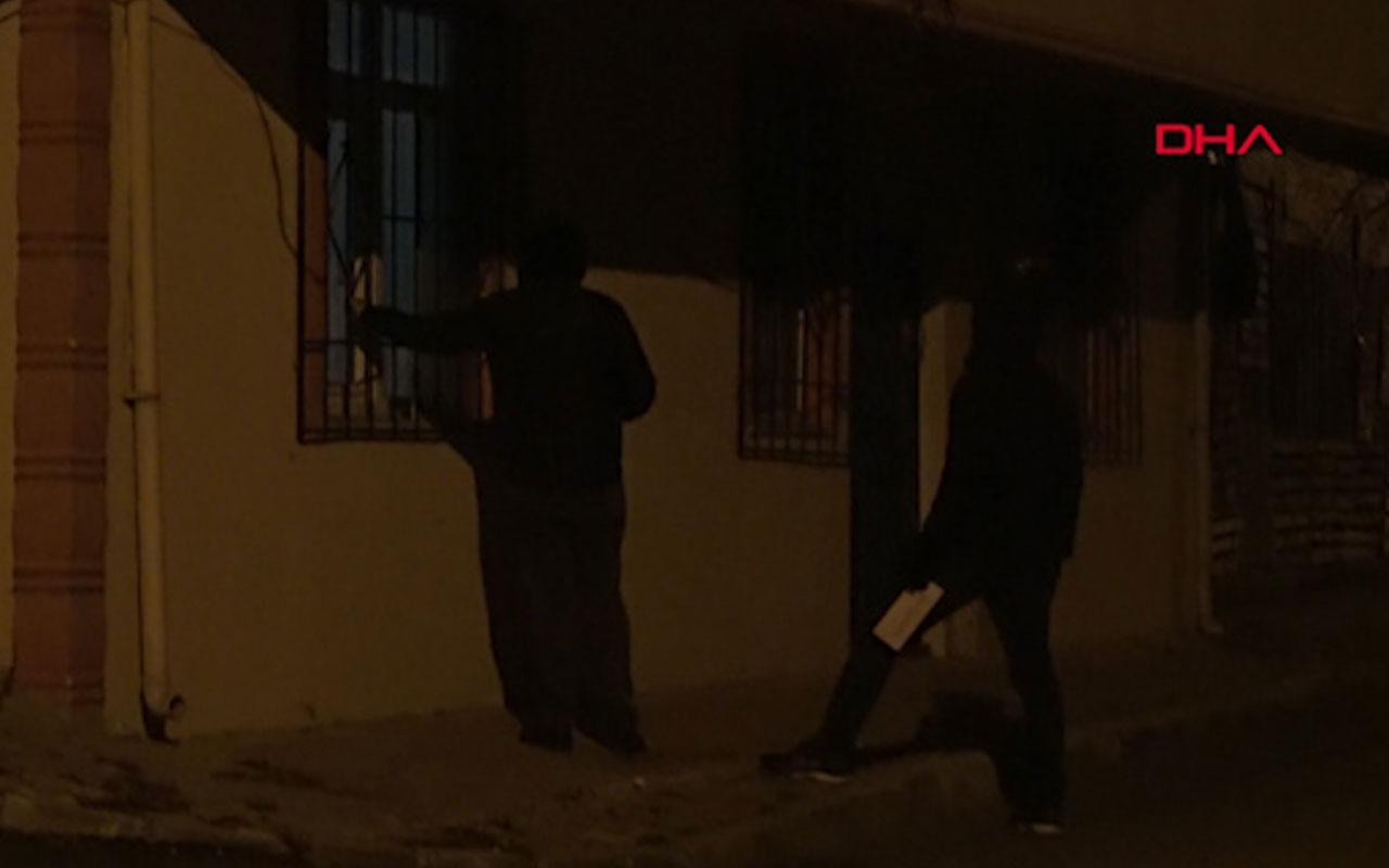 Beyoğlu'nda evlere para dolu zarf bırakan hayırsever bu kez Başakşehir'de ortaya çıktı.