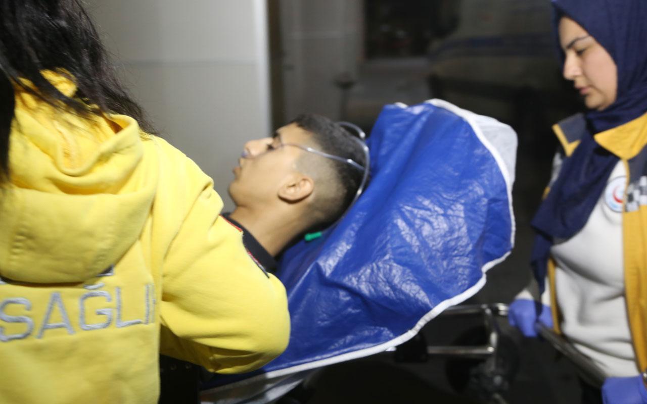 Yatağında yaralı bulunan genç hastaneye kaldırıldı