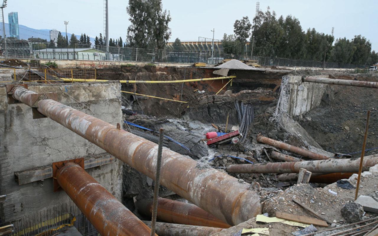 İzmir'de otopark inşaatında istinat duvarı çöktü 2 işçi enkaz altında